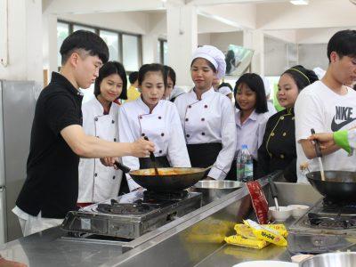 "<i class=""far fa-edit""></i> แลกเปลี่ยนถ่ายทอดวัฒนธรรมเกาหลี (การทำอาหาร) 2562"